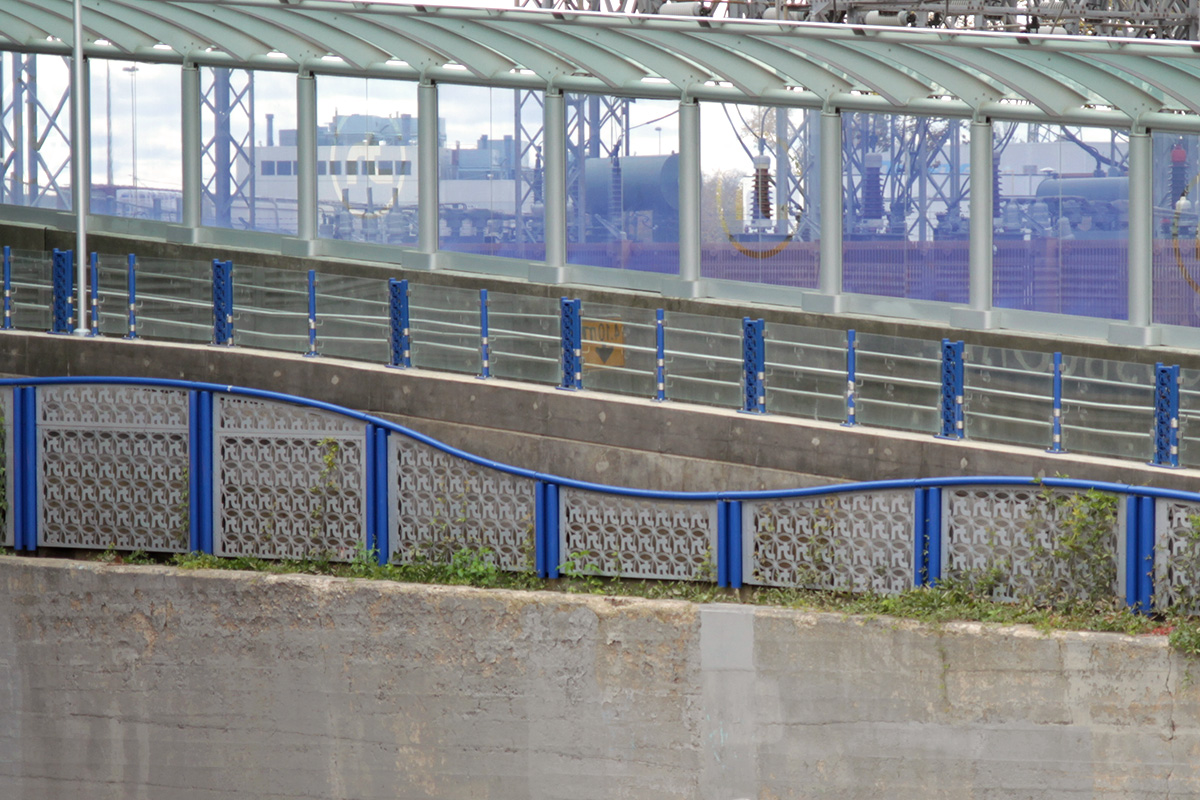 Urban Park Custom Steel Barrier